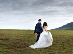 Five Wedding Traditions That Are On The Way Out